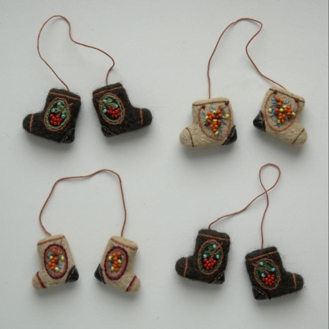 брелоки валенки сувенирные
