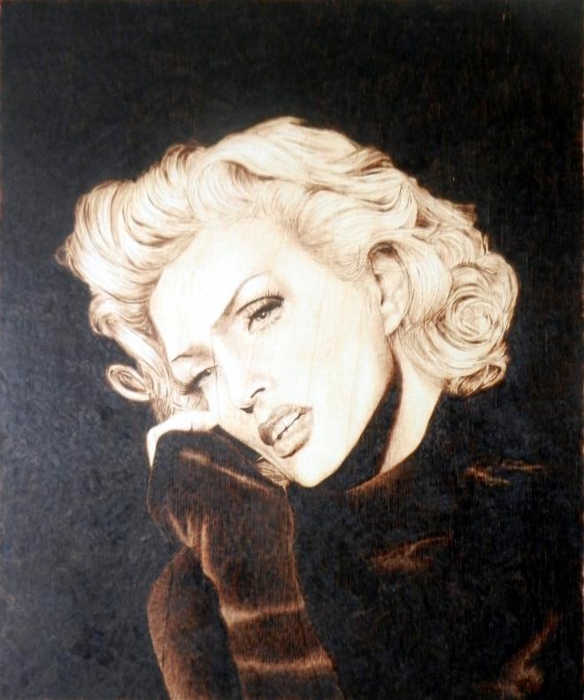Портрет на заказ, Лайма Вайкуле