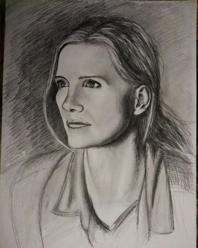 Портрет девушки карандашом.