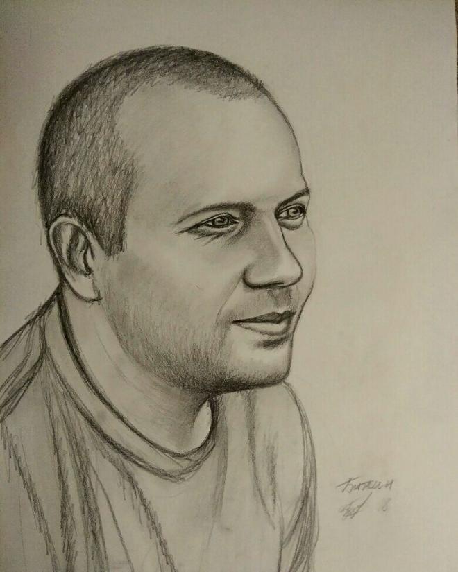 Портрет друга карандашом.