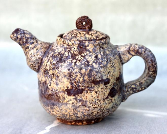 Картина каменный чайник